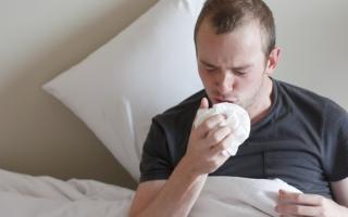 Легочное кровотечение — признаки и неотложная помощь, причины кровохарканья и методы лечения