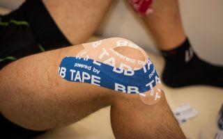 Тейпирование боковой связки колена при растяжении: помогает ли фиксация коленного сустава тейпом