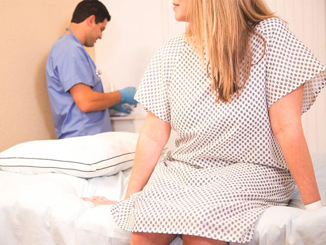 Кровотечение из матки у женщин — причины и лечение, симптомы и признаки маточного кровотечения, крапива и таблетки после чистки
