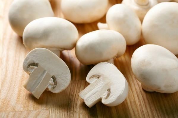 Можно ли отравиться шампиньонами — симптомы интоксикации и как понять что грибы испортились