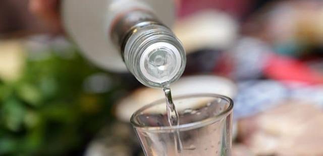 Отравление алкоголем — что делать в домашних условиях, первая помощь и лечение алкогольной интоксикации