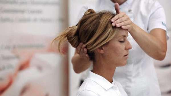 Подвывих шейного позвонка у ребенка или взрослого: лечение и симптомы, причины ротационного вывиха
