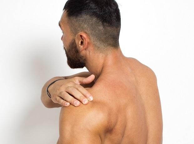 Первая помощь при вывихе плеча и лечение плечевого сустава после травмы, реабилитация
