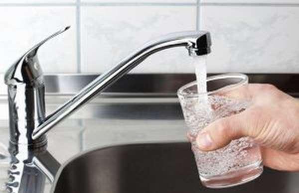 Гипергидратация – что это такое: симптомы отравления водой, последствия и меры оказания первой помощи