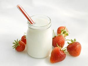 Что можно есть при отравлении пищей (бананы и яблоки, крепкий чай и минеральные воды)