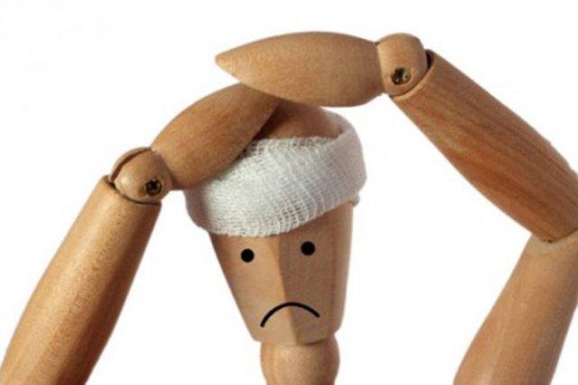 Первая помощь при ушибах головы и мягких тканей, пальца ноги или кисти руки, оказание доврачебной помощи при ушибе глаза