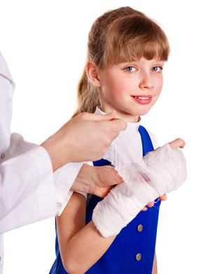 Лечение инфицированной раны: признаки инфекции, чем можно обработать травму в домашних условиях