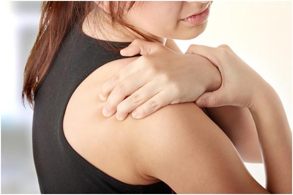 Перелом плечевой кости со смещением: лечение и реабилитация после травмы