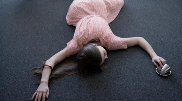 Первая помощь при обмороке — алгоритм действий и что делать при потере сознания, неотложная помощь при обмороке у детей