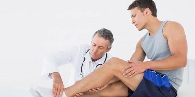 Первая помощь при ушибленных ранах: порядок действий, обработка ушиба и лечение повреждения мазями и гелями