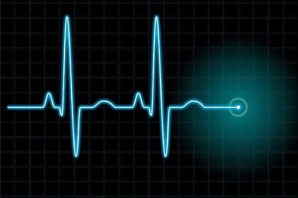 При нормальном давлении высокий пульс — что делать и причины, первая помощь при низком и высоком давлении и учащенном пульсе