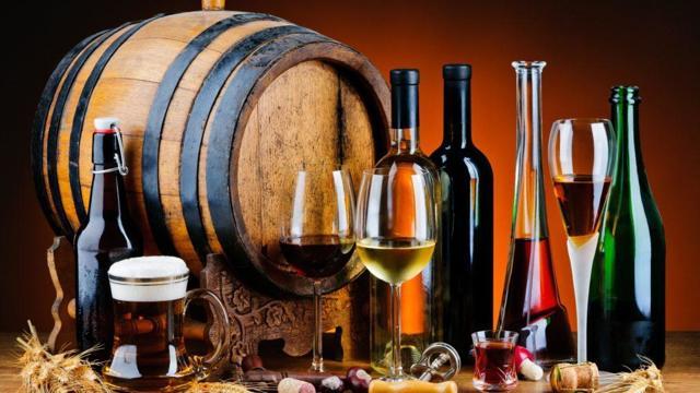 Как влияет алкоголь на сердце и сосуды (сужает или расширяет) – что происходит с сосудами при постоянном употреблении спиртного