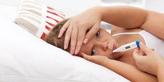Обтирание уксусом при температуре у ребенка — пропорции и как разводить взрослым для растирания, как правильно сбить температуру
