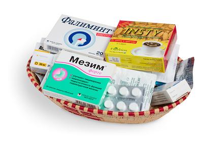 Что должно быть в аптечке первой помощи — список лекарств и медикаментов первой необходимости