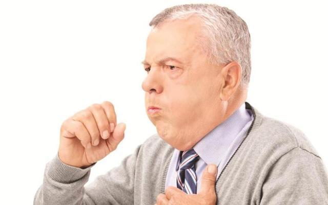 Куда и как ставить горчичники при кашле взрослому человеку — инструкция по применению и сколько нужно держать при мокром кашле