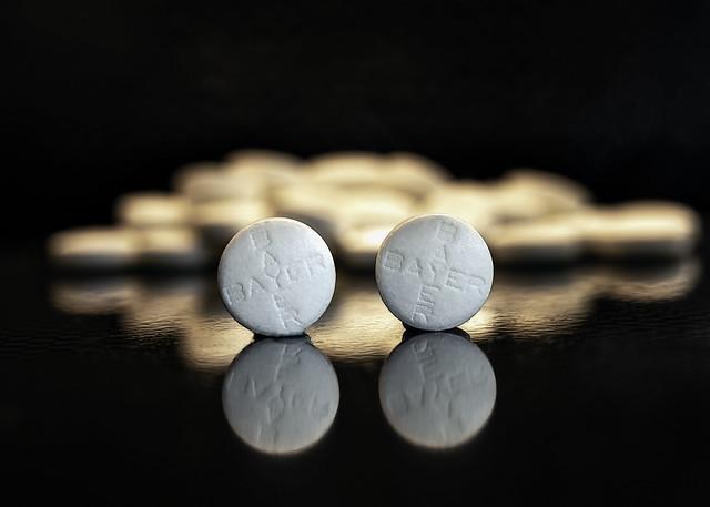 Аспирин – передозировка: симптомы и последствия отравления ацетилсалициловой кислотой, смертельная доза препарата