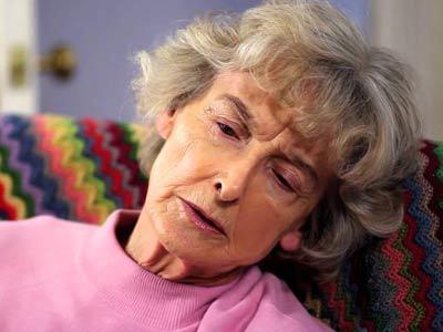 Первая помощь при инсульте до приезда скорой, алгоритм доврачебных действий в домашних условиях и неотложная медицинская помощь