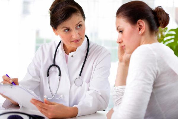 Кровотечение при миоме матки — симптомы и лечение, как остановить маточное кровотечение в домашних условиях