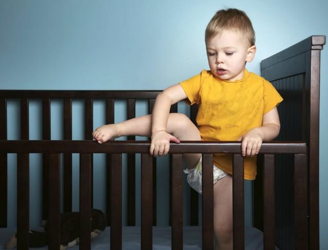 Первая помощь при падении с высоты и алгоритм действий неотложной медицинской помощи, что делать если упал ребенок