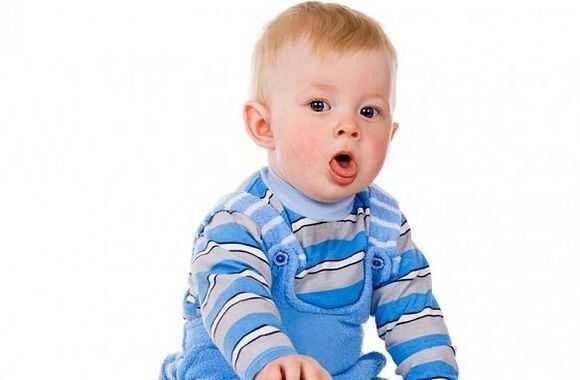 Что делать если грудничок подавился грудным молоком и первая помощь новорожденному ребенку при захлебывании