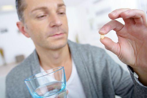 Первая помощь при панкреатите в домашних условиях, симптомы острого панкреатита и что делать при приступе