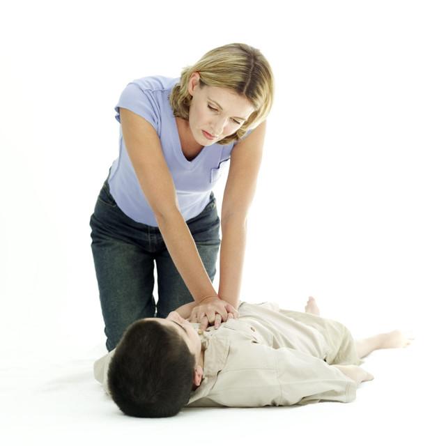 Первая помощь при эпилепсии — алгоритм действий и что нельзя делать при эпилептическом припадке