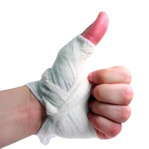 После пореза онемел палец что делать